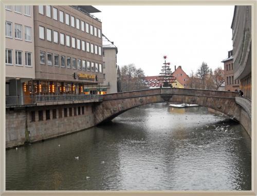 DSCN1545_Нюрнберг Мост через Реку Пегниц.jpg