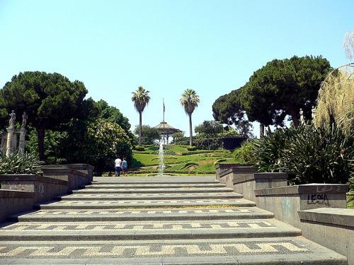 Area_verde_a_Catania_Giardino_Bellini_3099.jpg