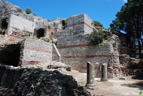 Capri_T7.jpg