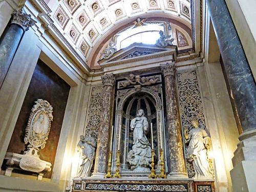 Cathedralniy-sobor-Palermo-Kapella.jpg