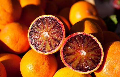 Красный апельсин.jpg