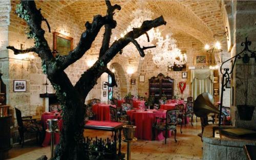 Alberobello-Restaurant.jpg