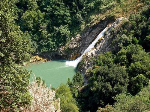 great-waterfall.jpg