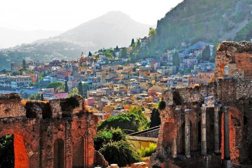 Taormina-Sicily.jpg