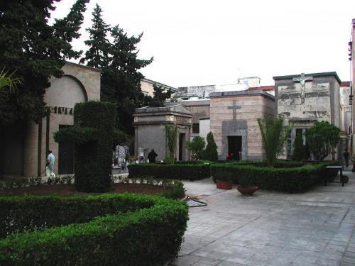 Palermo Catacombs 2.jpg