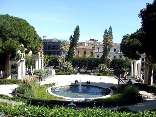 Catania_park_-_Villa_Bellini.jpg