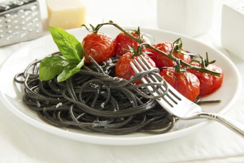 Spaghetti-al-nero-di-seppia-1024x683.jpg