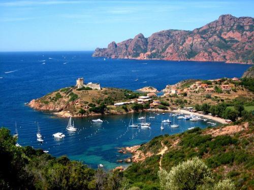 Ostrov-Korsika1.jpg