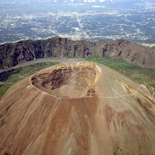 Vesuvius-09.jpg