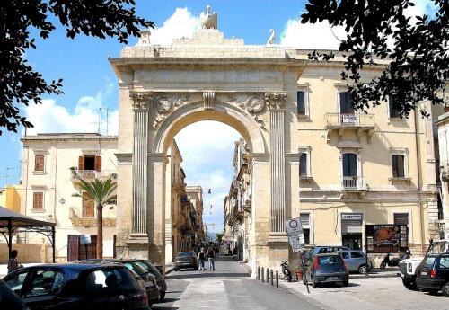 NotoSR-Porta_Reale.jpg