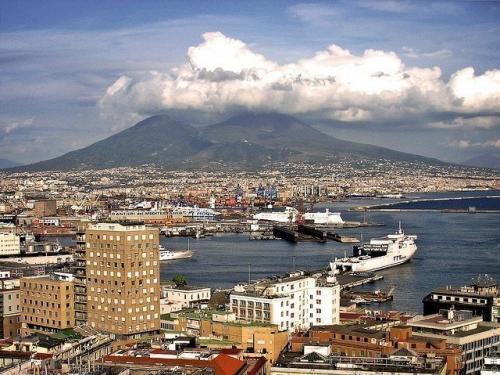 Vesuvius-14.jpg