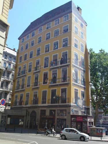 Immeuble de la fresque.jpg