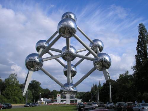 Atomium_w_Brukseli.JPG