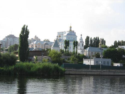 32 вид на Алексиево-Акатов женский монастырь.JPG