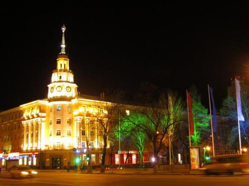 13 Площадь Ленина здание Областного Совета профсоюзов.jpg