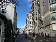 Париж. Монмартр. Сентябрь