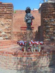 Памятник юному освободителю Польши